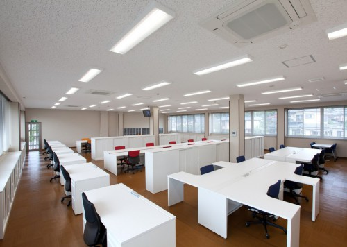 s-NO.19 2階事務室_①